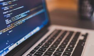 Laboratorio di programmazione: strumenti e programmi