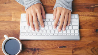 """""""Typing"""" training : learn advance skills to achieve 90+WPM"""